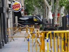 Localizado sin vida uno de los dos obreros desaparecidos bajo los escombros del edificio derrumbado en Madrid