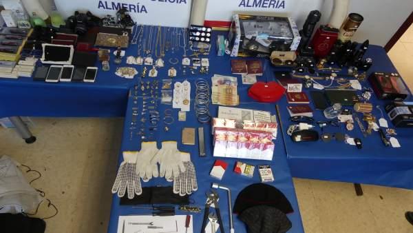 Objetos recuperados del robo en 14 viviendas