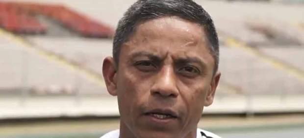 Gabriel Victoria, asistente panameño