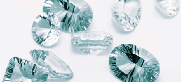 Así esconden vídeos porno 'softcore' en YouTube: en anuncios de diamantes