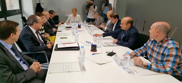 La economía aragonesa podría crecer un 1,2% menos en 2018 con la crisis política catalana