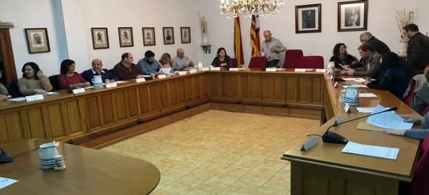 El Ayuntamiento de Marratxí responde al PP que no tiene ningún plan de realojo de 'okupas' a VPO