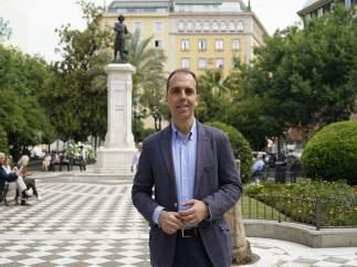 Millán en la plaza del Duque para presentar su propuesta