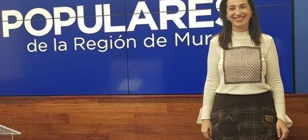 """Nuria Fuentes: """"La familia es un pilar fundamental para el PP, lo que la hace merecedora de una protección específica"""""""