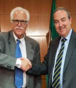 El Ayuntamiento firma el crédito con Caja Rural del Sur y Bankia