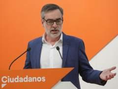 Cs apoya una moción instrumental sin Rivera ni Sánchez para ir a elecciones