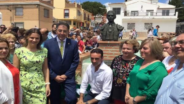 Nota Y Fotos De La Junta Cobo Inauguración Remodelación Plaza De Toros De Navas