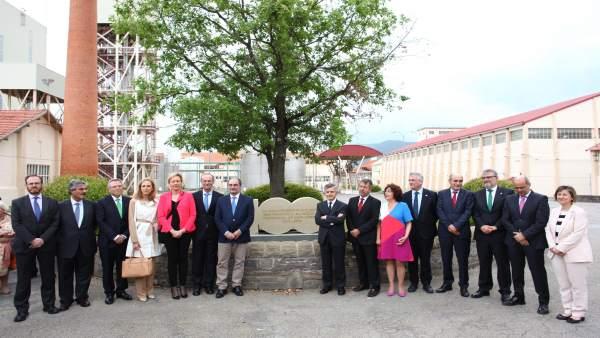 El presidente de Aragón participa en la inauguración de la ampliación de Ercros.