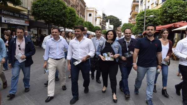 El candidato del PP a la Alcaldía de Sevilla, Beltrán Pérez