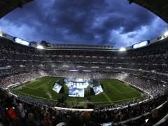 """La fiesta del Bernabéu acaba con un """"¡Cristiano, quédate!"""""""
