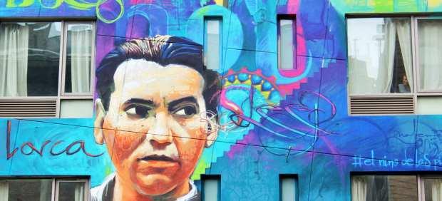 Mural de Lorca, obra del grafitero El niño de las pinturas, en el barrio chino de Nueva York.