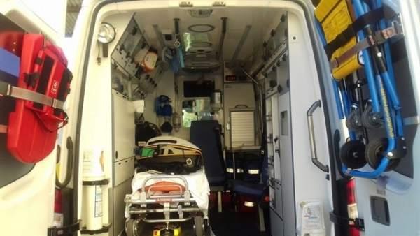 Una ambulancia