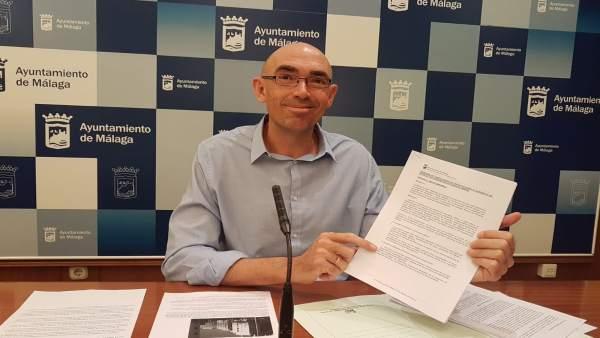Eduardo Zorilla de IU-MPG en rueda de prensa