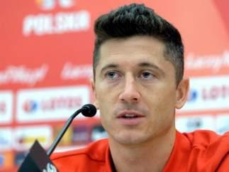 Robert Lewandwoski, en una rueda de prensa con la selección polaca.