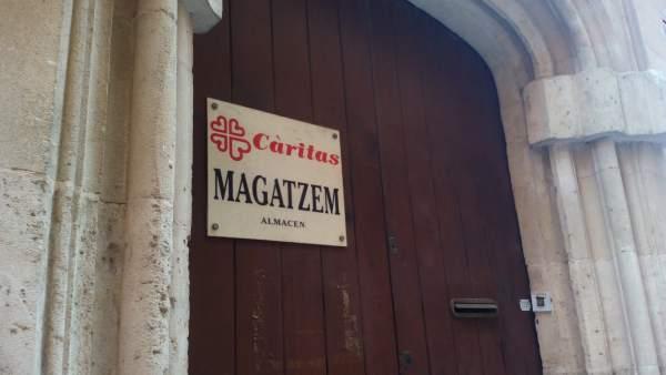Un almacén de Cáritas
