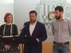 El PSC forma gobierno en Badalona con el alcalde Pastor y tres concejales