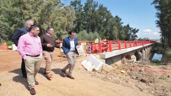 [Badajoz] Fotos La Mejora De La Carretera Que Une Zurbarán Con La N 430 Estará T