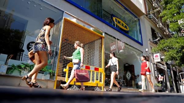 Ikea establece la desconexión digital: prohíbe que los jefes contacten con trabajadores fuera...