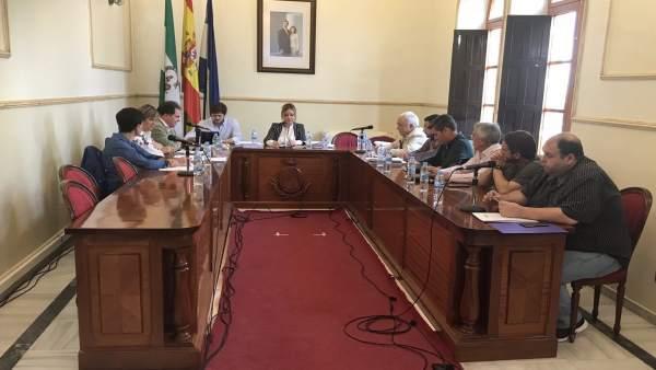 El pleno del Ayuntamiento de San Juan del Puerto (Huelva).
