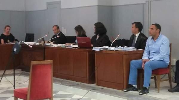 Juicio al acusado de asesinar a su bebé de 45 días en Almería
