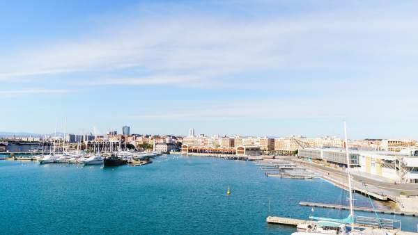 València registra 3.006 actividades económicas más en el último año