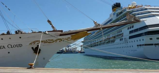 Crucero en el Puerto de Valencia