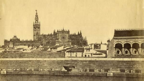 Luis Masson. Interior de plaza de toros y catedral de Sevilla. 1868 aprox