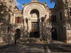 Prisión sin fianza para la joven detenida por la muerte del bebé hallado en Barcelona