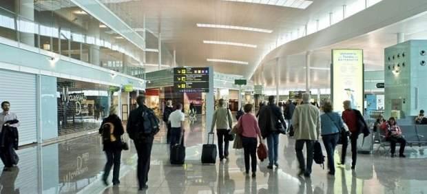 Los vuelos más baratos para viajar fuera de España este verano