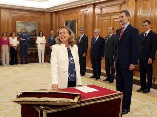 Calviño promete su cargo como ministra de Economía
