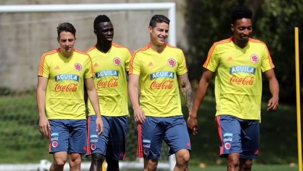 Santiago Arias, Davinson Sánchez, James Rodríguez y Johan Mojica