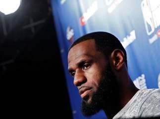 LeBron James, en una rueda de prensa.