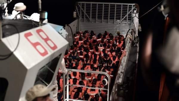 629 inmigrantes