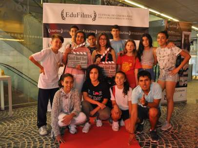 Jóvenes realizadores de cortometrajes participantes en el II EduFilms, Festival de Cinema Jove per la Transformació Social.