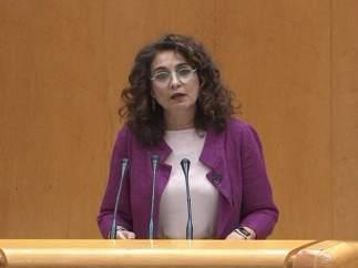 """Montero pide aprobar los PGE de 2018 por """"responsabilidad"""""""