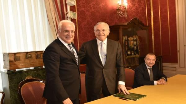 Ceniceros y Fainé tras firmar acuerdo Gobierno riojano y 'la Caixa'