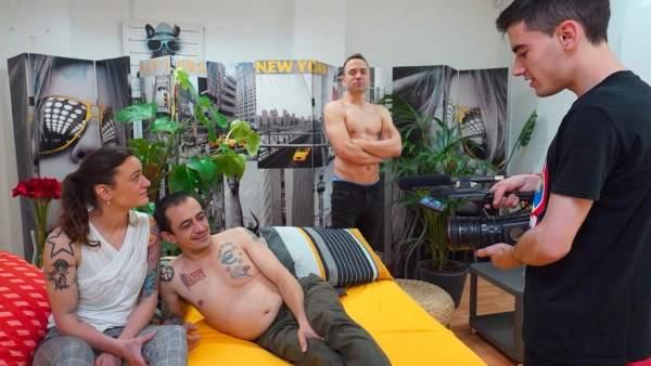 Silvia Charro y Simón Pérez rodando lo que parece será su debut en el porno.