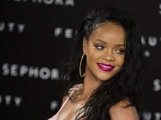 Rihanna y otras famosas que participaron en algún concurso de belleza
