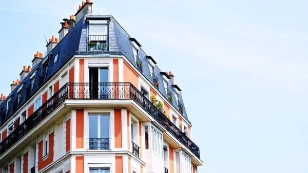 ¿Me puedo deducir en la renta por invertir en mi vivienda?