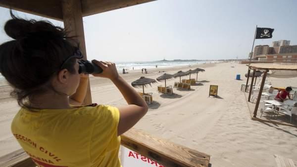Puesto de Salvamento y vigilancia en playas de Protección Civil