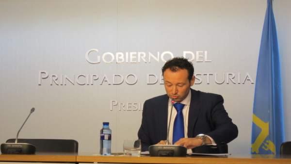 El portavoz del Ejecutivo autonómico, Guillermo Martínez