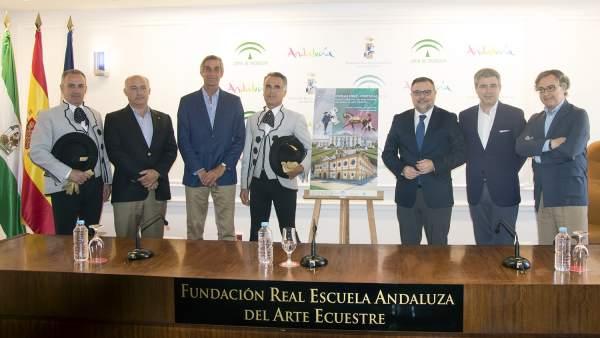 Nota De Prensa Y Fotografías. La Reaae Y La Escola Portuguesa De Arte Equestre P