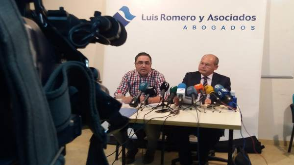 Aníbal Domínguez, hermano y tío de los fallecidos en Almonte, y Luis Romero.