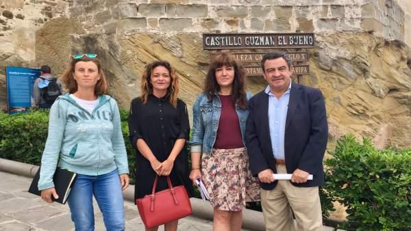 El portavoz del PP en Diputación, José Loaiza, en Tarifa