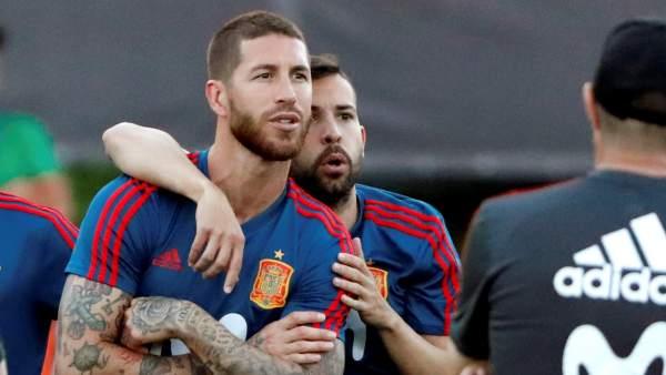 Sergio Ramos y Jordi Alba