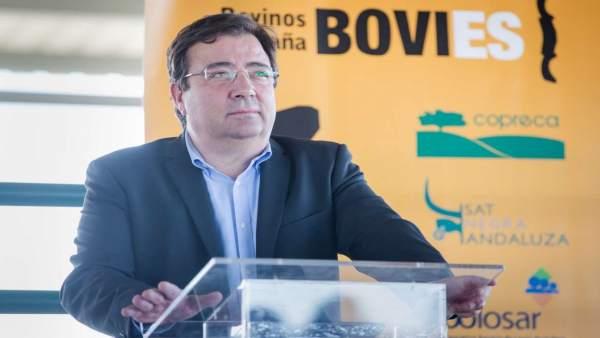 Vara visita el Centro de Tipificación de BOVIES en Casar de Cáceres.