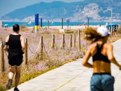 Dunas en las playas de Barcelona.