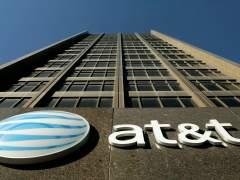 AT&T comprarTime Warner, pese al bloqueo de Donald Trump