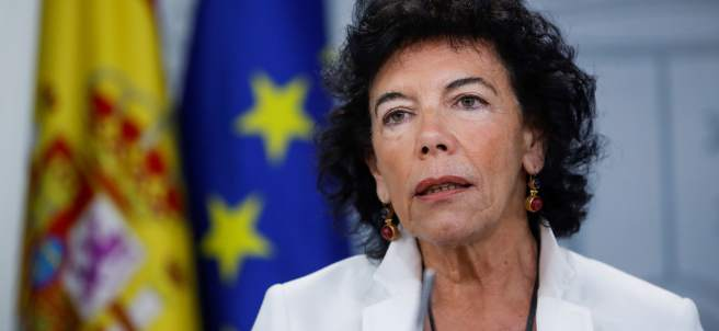 La portavoz del Gobierno, Isabel Celaá, este viernes en Moncloa tras la reunión del Consejo de Ministros.