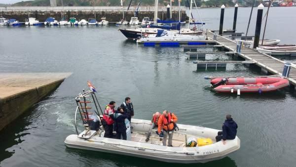 Trabajos de la excavación subacuática del galegón San Giacomo en A Mariña